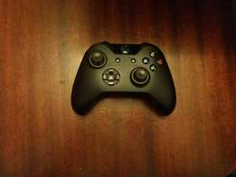 Xbox one wireless control perfect condition.