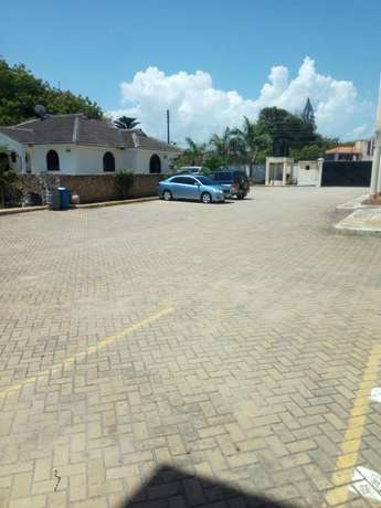 2BD Holiday Apartment Located Behind Citymall Nakumatt Nyali. Nyali - image 8