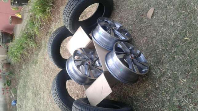 New 14 inch rims and tires for nissan wingroad South C - image 1