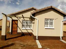 Houses to rent at protea glen ext
