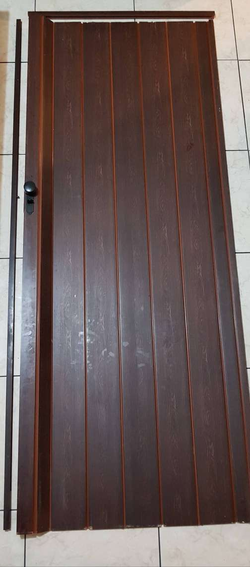 folding doors in South Africa | Value Forest