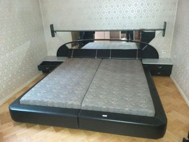 Pilne Sypialnia Skóra Lustra Toaletka Marmur Meble łóżko