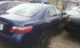 A very clean Toyota camry 07