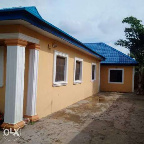 3 Bedroom Bungalow with 2bedroom and 1bedrm BQ at 25m net Lokogoma - image 2