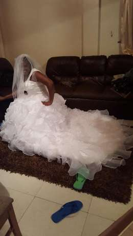 wedding gown Westlands - image 2