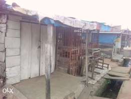 Old tenament building on 1plot for sale at Adegbola Rd Akure