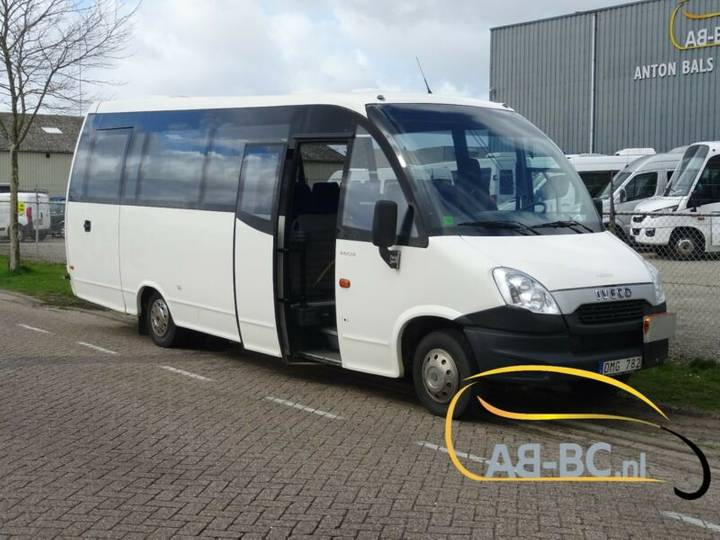 Iveco Wing 31+1euro 5 - 2012