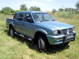2002 Colt - 2400i Double Cab for sale,