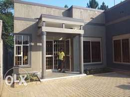 Awesome 3bedroom houses for sale in kira