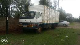 Selling Mitsubishi FH local 2008 KBA well mantained