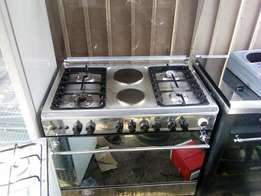 Gas cooker 4 gas 2 electric with oven