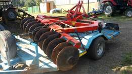 Massey ferguson heavy duty 22 disc harrow