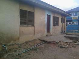 A room and parlour self contain to let at Agbelekale Abule egba