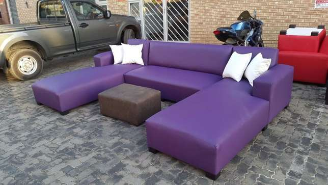 U-shape open on both daybeds,choose your fabric and colour Midrand - image 2