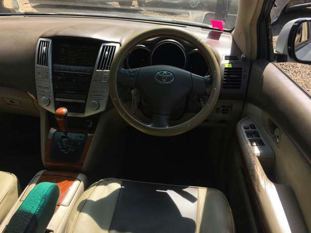 Toyota Harrier Parklands - image 8