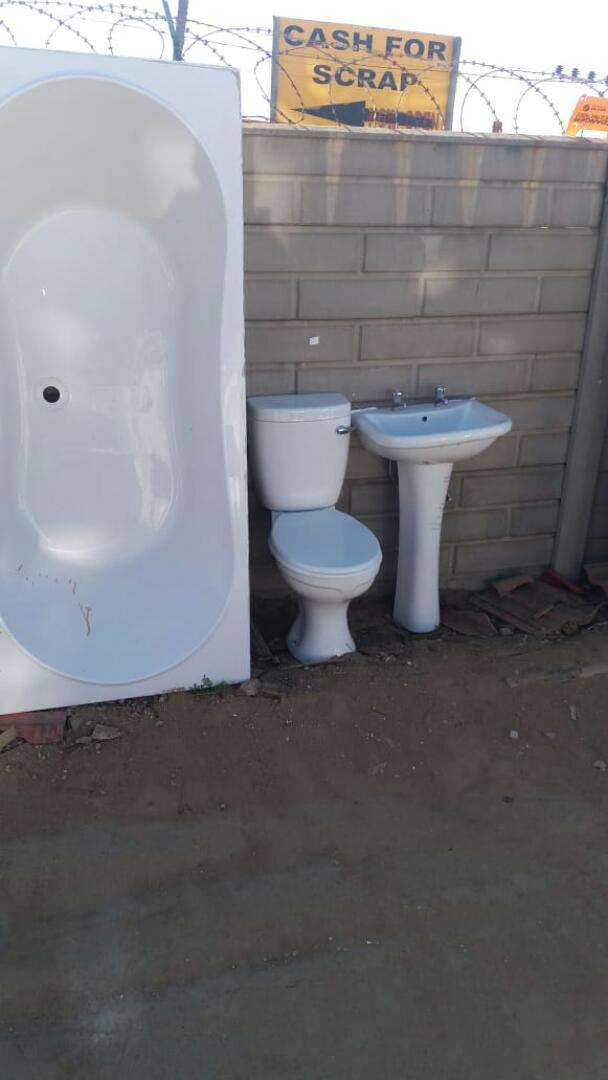 Cheap toilets, Vanities, Jacuzzi, baths and taps from R150 ...