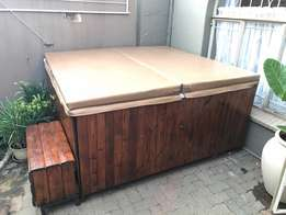 6 seater Jacuzzi for sale