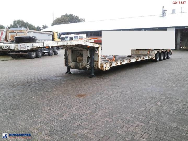 Goldhofer 4-axle Lowbed trailer 64000KG 3 steering axles - 1997