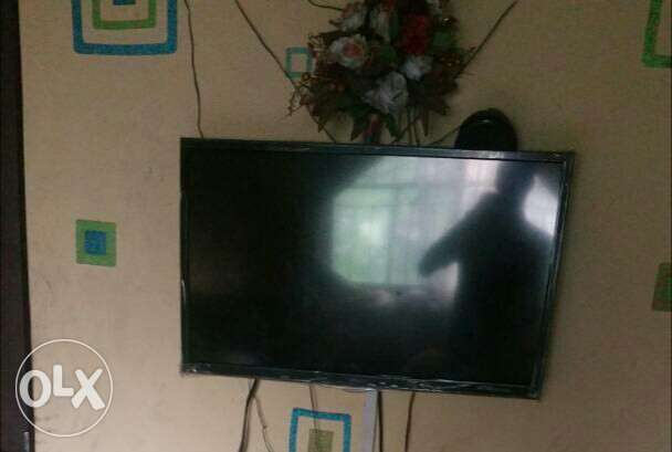32inches Haier thermocool tv Surulere - image 1