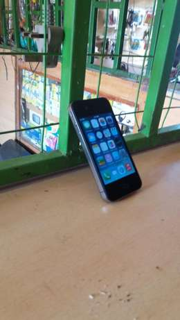 iphone 4 no service Thika - image 2
