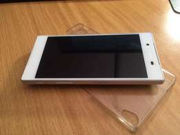 Sony Z5 32Gb White as new