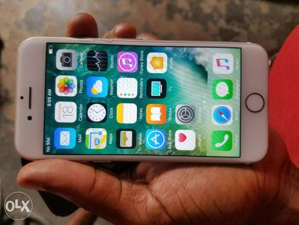 Iphone 7 32gb mint clean Ibadan South West - image 6