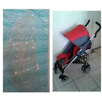 Chicco Lightway stroller with rain cover both for R700