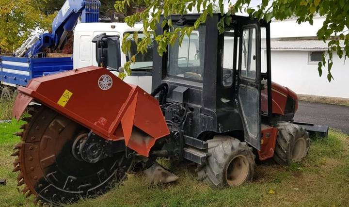 Ditch Witch Rt 55 - 2011