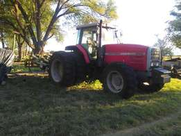 Unused Tractors & implements - I pay cash