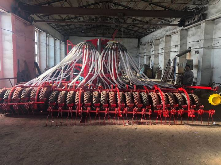 Rapid waderstad  a 600c combine seed drill