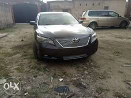 Tokunbo Toyota Camry Xle with thumb start
