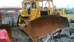 D8H Bulldozer cat