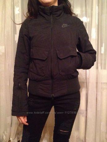 5eff8784 Термо куртка Nike XS оригинал!: 420 грн. - Женская одежда Луцк на Olx