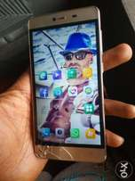 Gionee m5 mini with a line crack