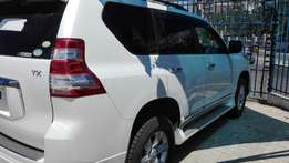 Excellent year 2010 Toyota Prado with 2015 face lift