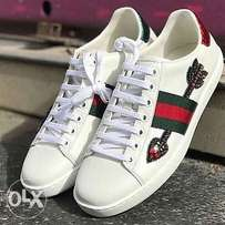 Gucci arrow sneakers