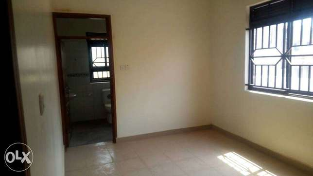 Special three bedroom standalone house is available for rent in kira Kampala - image 7