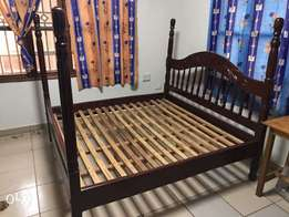 bed with poles 6 by 6