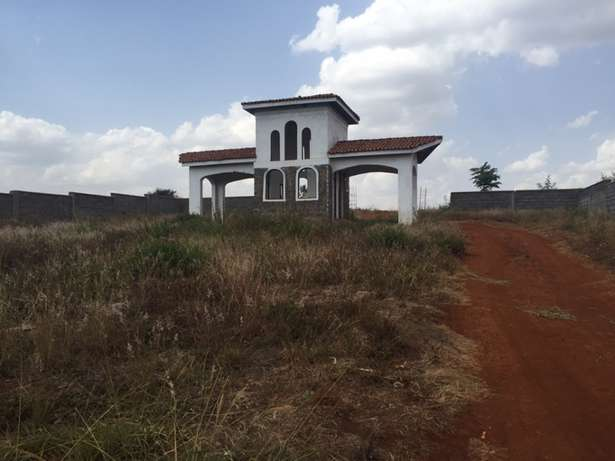 1/2 acre residential plot Near Tatu City in a Gated community Upper Parklands - image 2