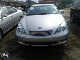 Tokunbo 2005 Lexus Es 330 With Navigation Screen, and 6 CD player