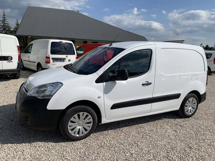 Citroën Berlingo 1.6BlueHDI Automatic 101PS Navi Net 7699 EUR - 2017