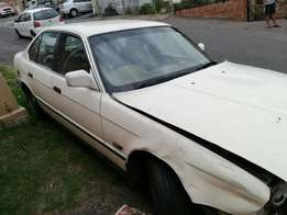BMW 525i E34 spares for sale hole car for spares