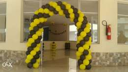 Saniah Events balloon arch and decoration.