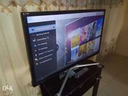 "Recent Ultraslim SAMSUNG F. HD 32"" SMART with built-in Wi-Fi, miracast"
