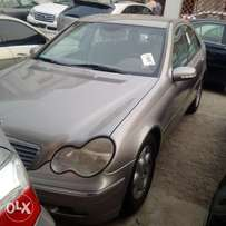 A super clean toks 2002 Mercedes Benz C180 for sale