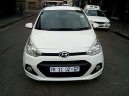 Very clean HYUNDAI i10 for sell