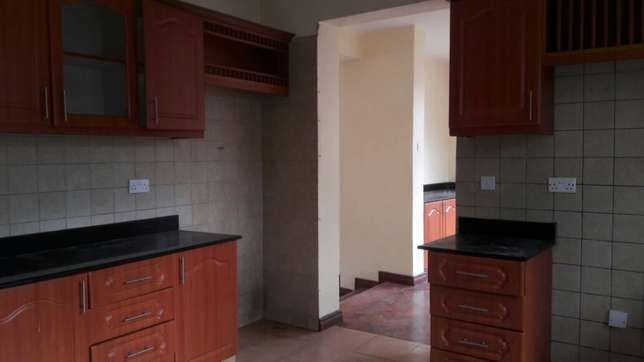 Kilimani 4 bedrooms town house to rent Kilimani - image 2