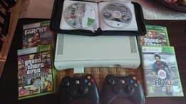 Bargain ! X Box360 console with controllers and games !