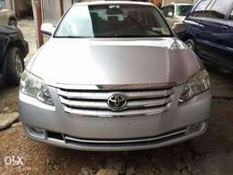 2008 silver Toyota Avalon sweet