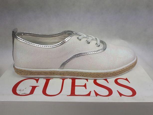 de0c424c8b574 Nowe trampki Sneakersy GUESS białe poswiata.syrenka white 39 tenisówki  Pruszków - image 1